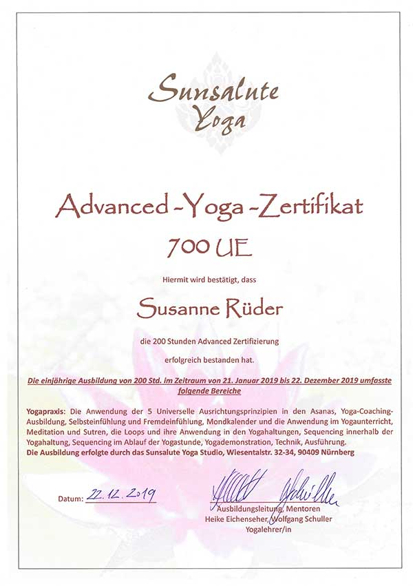 Advanced-Yoga-Zertifikat 700 UE